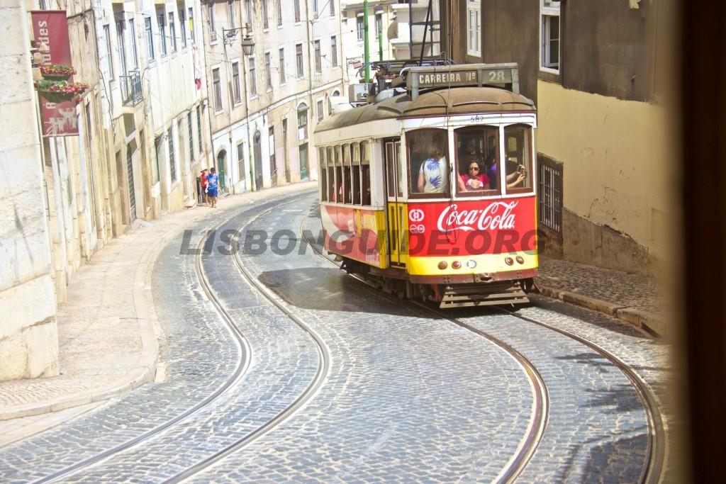 Tram_28_Lisbon_Alfama