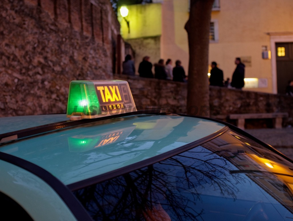taxi-lisbon-portugal