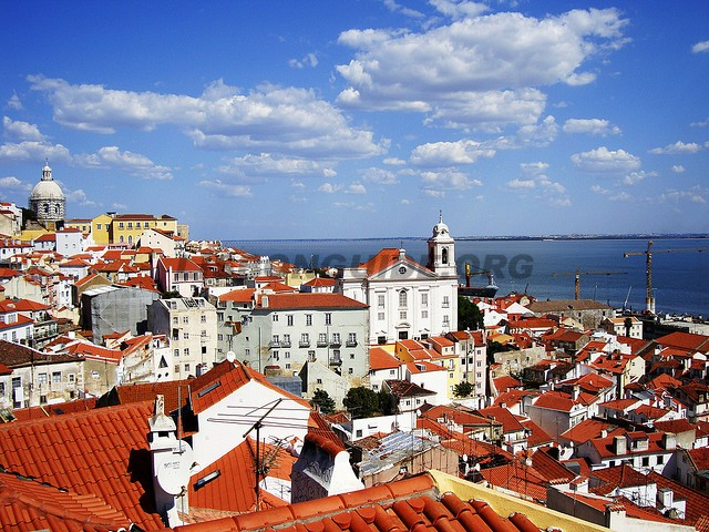 LisbonPortugal_Alfama