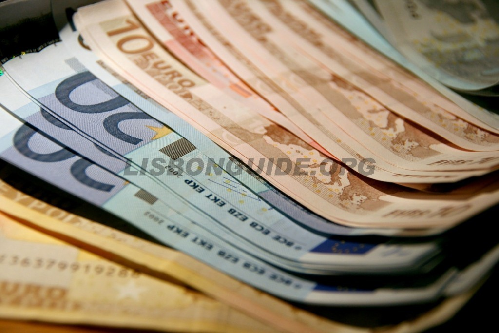 Euro_Currency_USD_Portugal