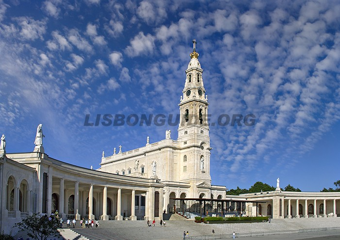 Fatima_Lisbon_Day_Trips