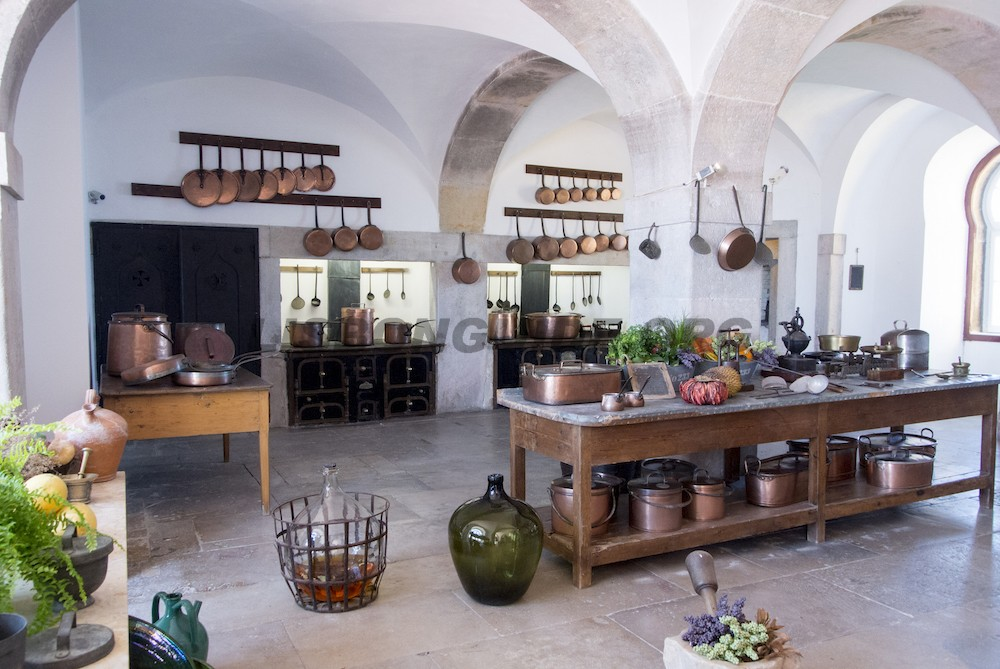 Sintra_National_Pena_Palace_Kitchen