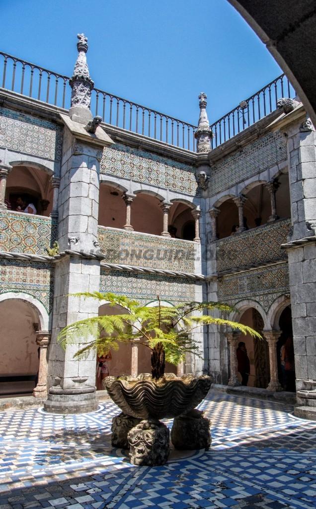 Sintra_Pena_Palace_Sintra_Cloister
