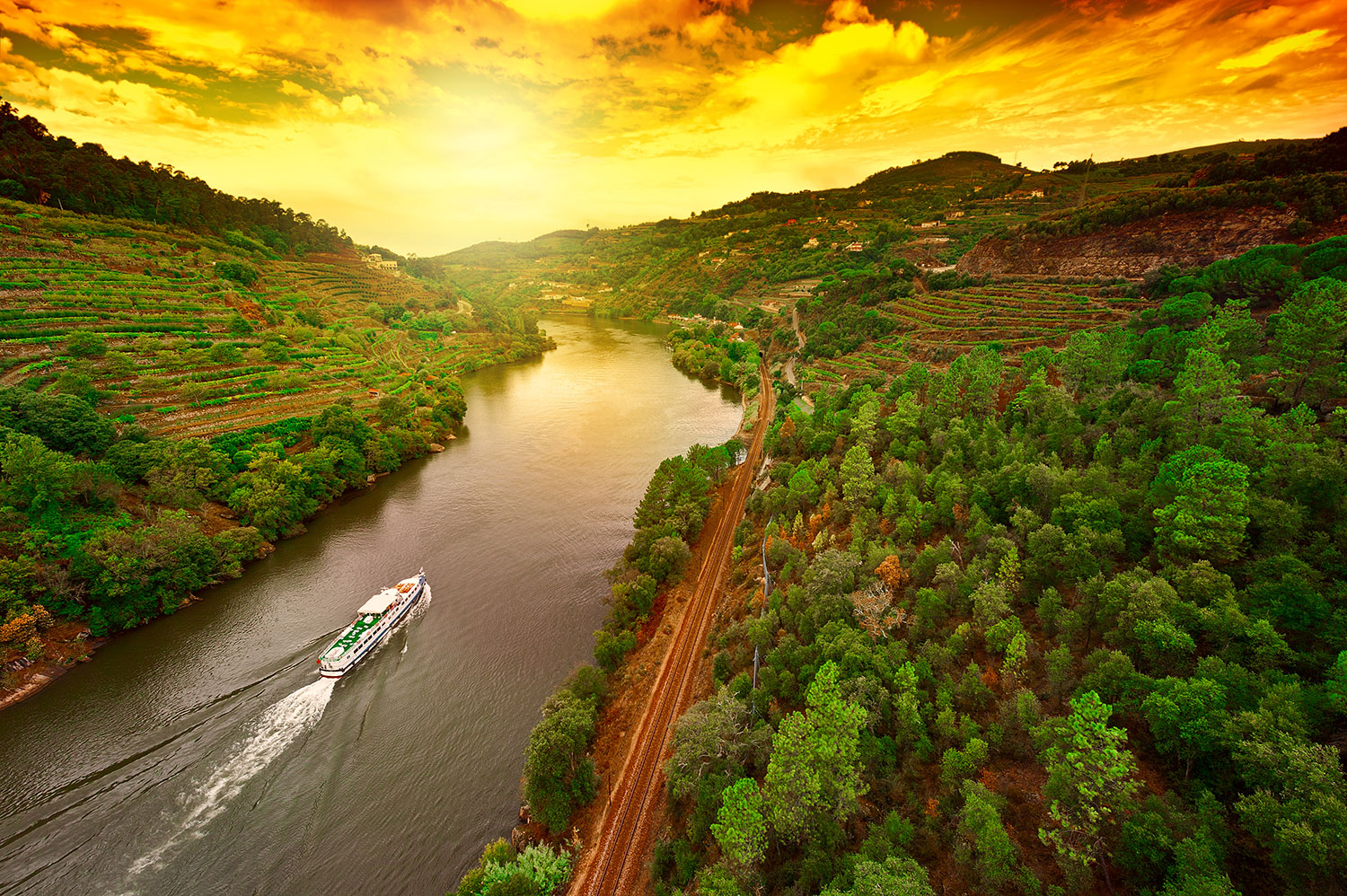 Douro-Valley-from-Lisbon