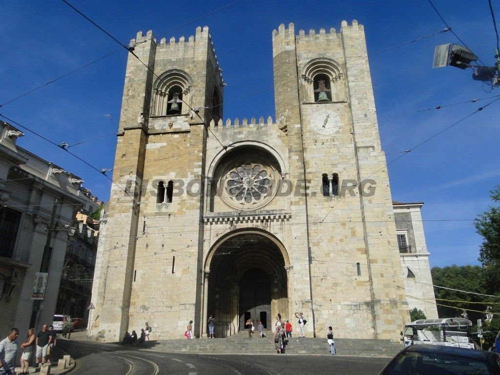 18-Lisbon_Cathedral
