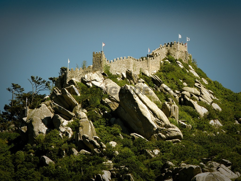 7-Moorish_Castle_Sintra