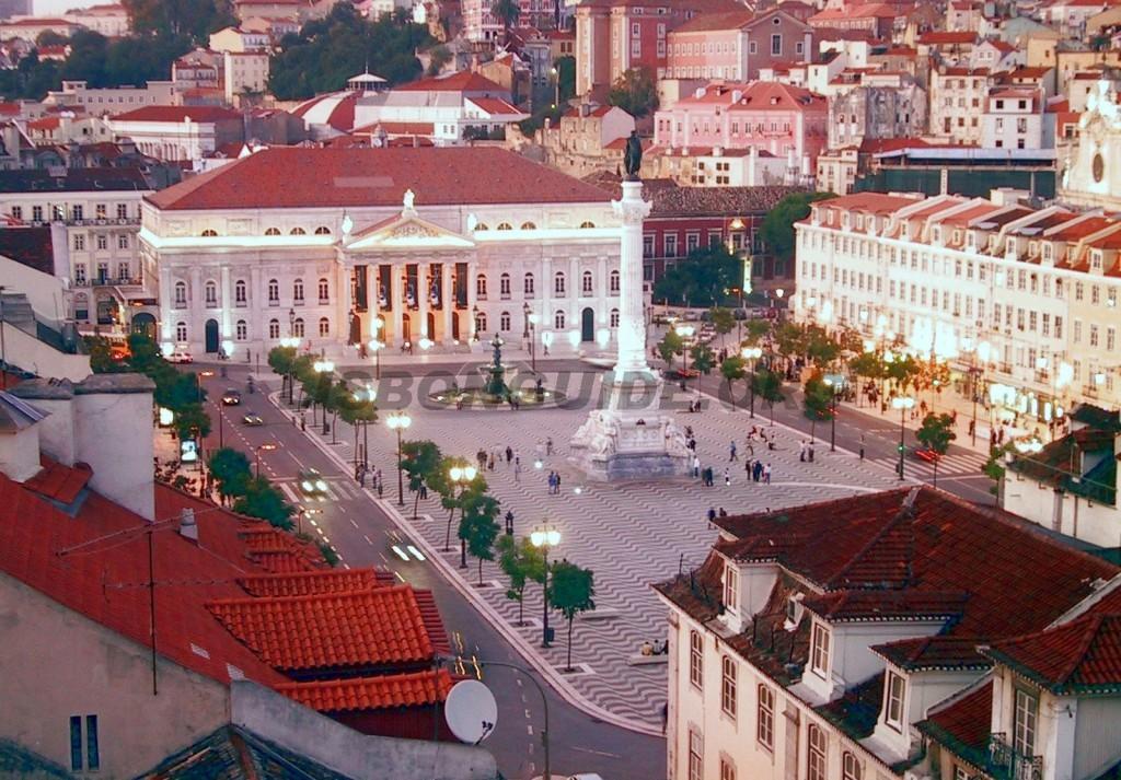 9-Lisbon_Rossio_Square