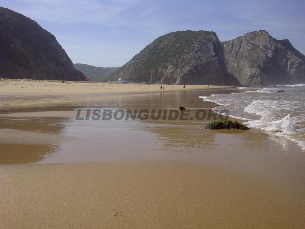 Adraga_Beach_Sintra_Portugal