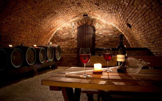 Port_Wine_Tasting_Porto_Gaia