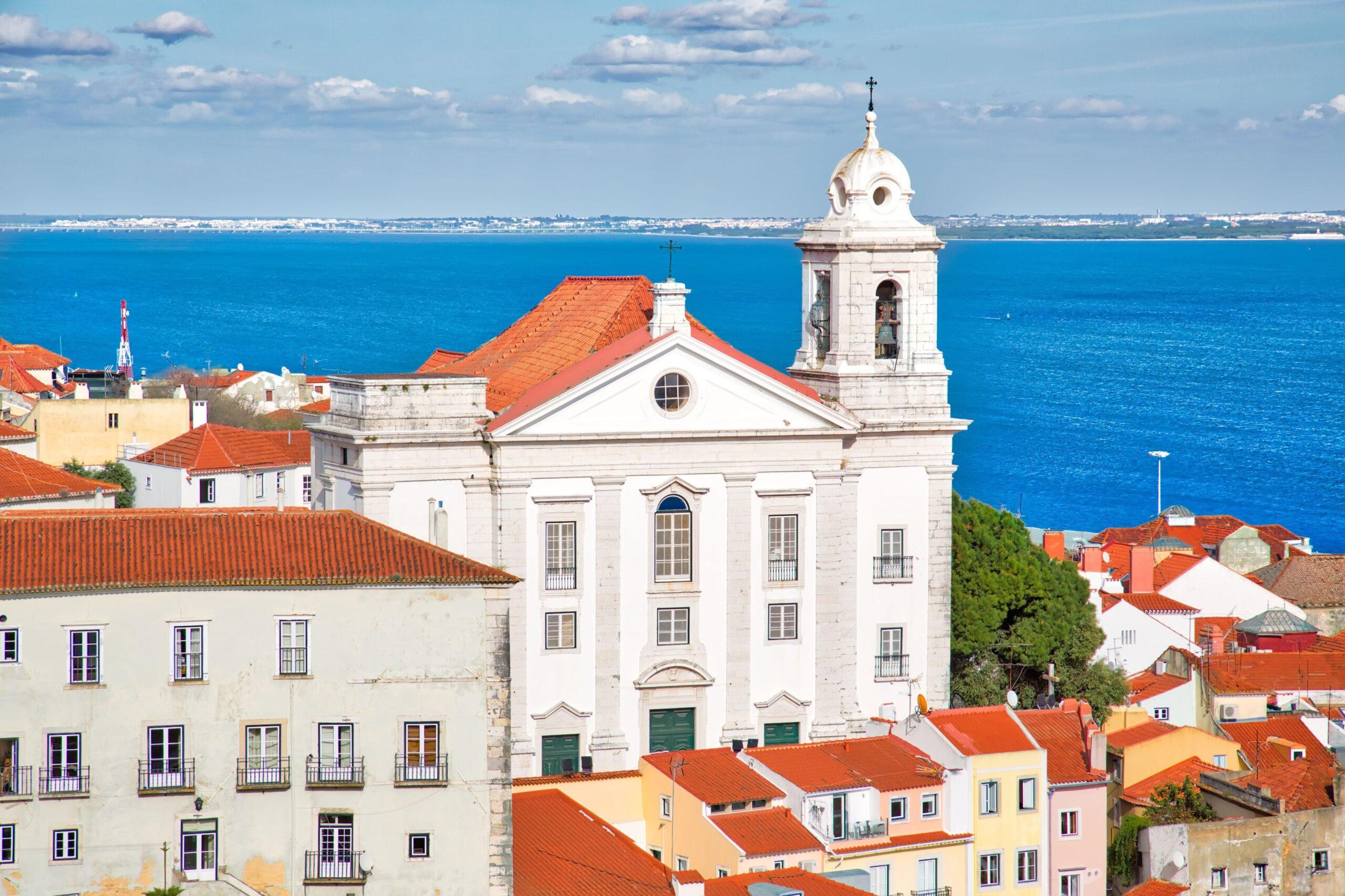 alfama_lisbon-portugal-tours