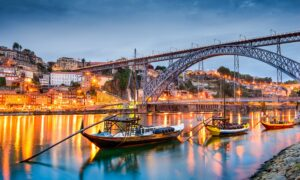 distance_from_lisbon_to_porto
