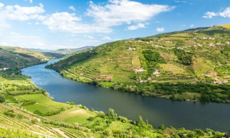 Distance_From_Lisbon_To_Douro_Valley