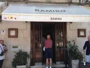 Ramiro_Seafood_Lisbon_Restaurant_Entrance