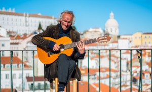 Viewpoint_Miradouro_Portas_Sol_Artist_Singing (1)